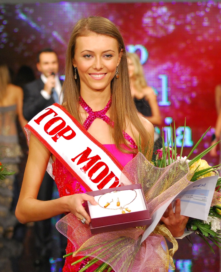Ana Hriscu Top Model Romania (9)