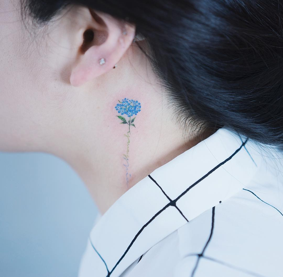 Cute-Small-Flower-Tattoo